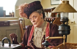 Violet-Dowager-Countess-of-Grantham